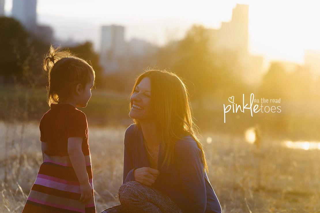 Pinkle-Toes-Photography-Austin-Denver-Texas-Colorado-urban-candid-family-photographer_17