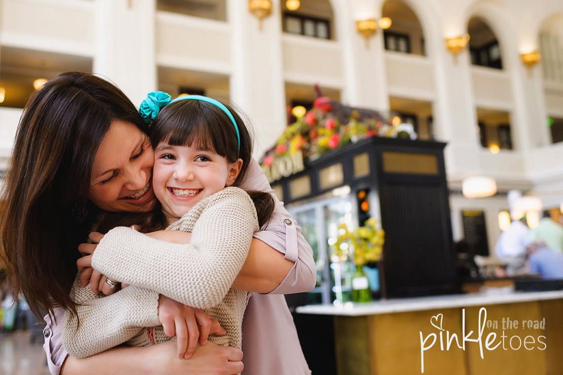Pinkle-toes-austin-texas-denver-colorado-fun-urban-lifestyle-family-photographer_03