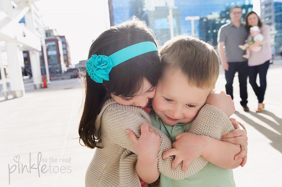 Pinkle-toes-austin-texas-denver-colorado-fun-urban-lifestyle-family-photographer_09