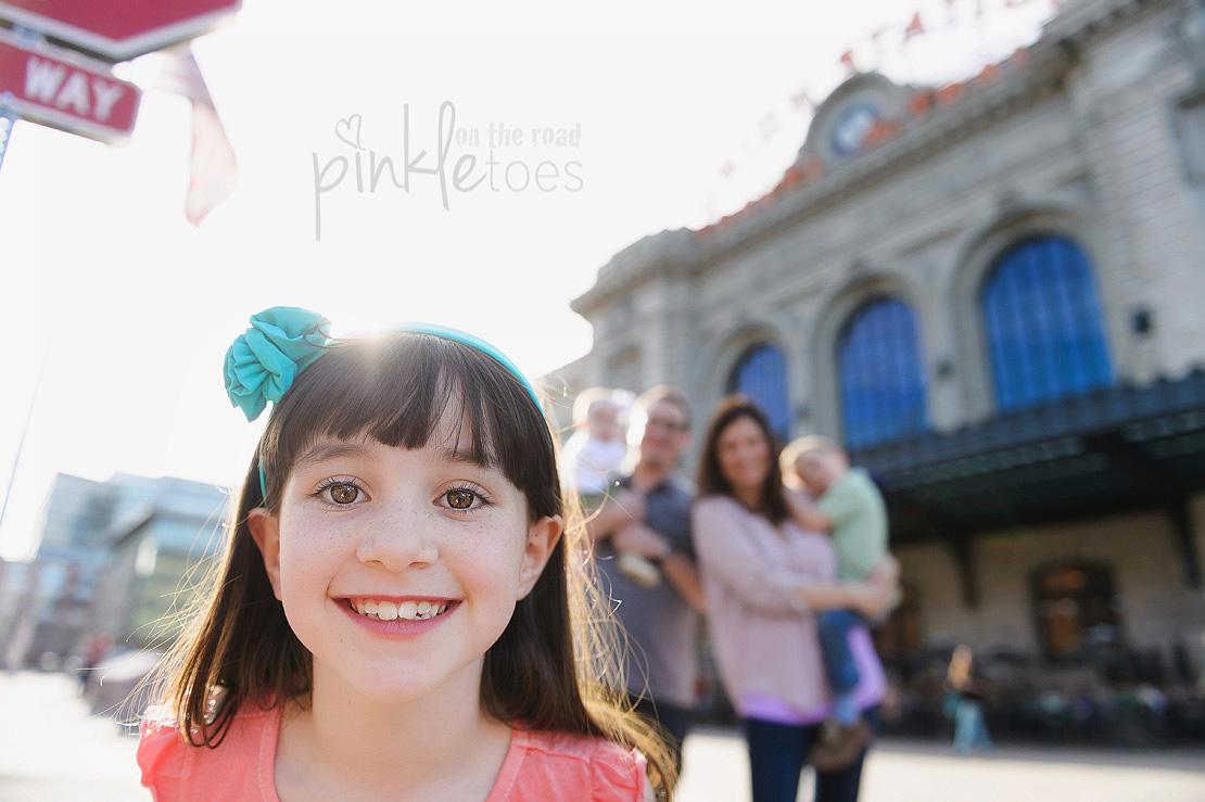 Pinkle-toes-austin-texas-denver-colorado-fun-urban-lifestyle-family-photographer_11