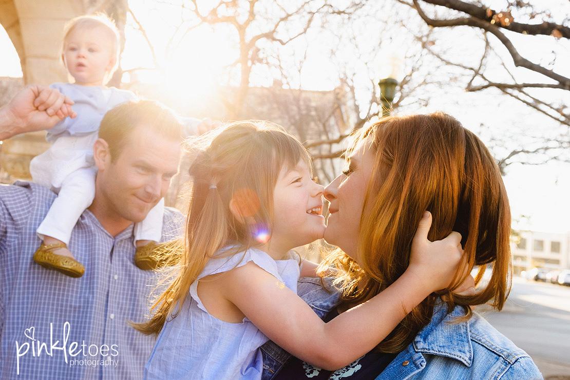 austin-georgetown-texas-urban-lifestyle-family-photography-vibrant-candid-kids-photographer-09