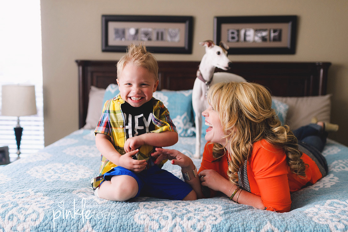austin-lifestyle-candid-family-photography-toddler-kids-home-photographs-photographer-07