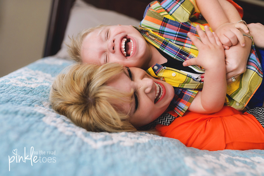 austin-lifestyle-candid-family-photography-toddler-kids-home-photographs-photographer-08