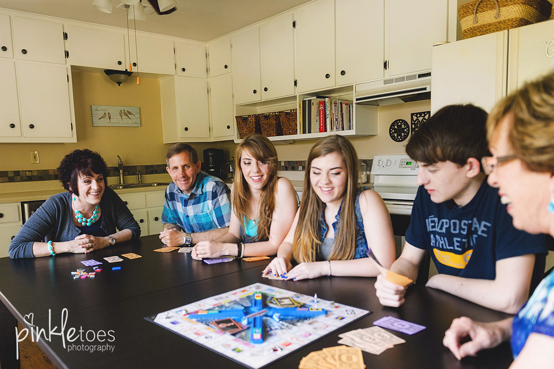austin-marble-falls-lifestyle-family-photography-photo-shoot-home-teens-02