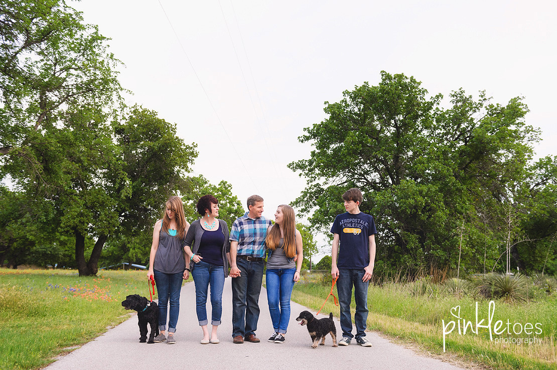 austin-marble-falls-lifestyle-family-photography-photo-shoot-home-teens-20