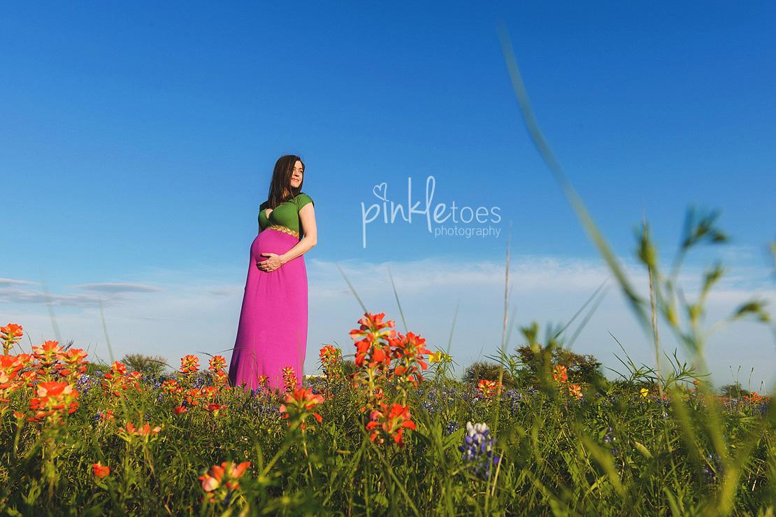 austin-maternity-pregnancy-photographer-bluebonnets-texas-redhead-girl-03