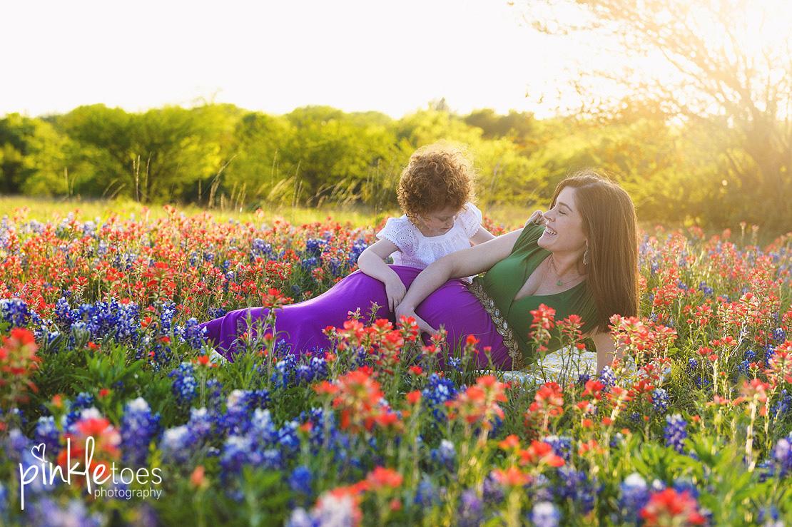 austin-maternity-pregnancy-photographer-bluebonnets-texas-redhead-girl-04