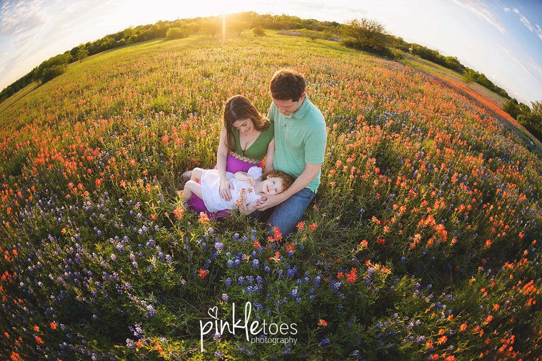 austin-maternity-pregnancy-photographer-bluebonnets-texas-redhead-girl-11