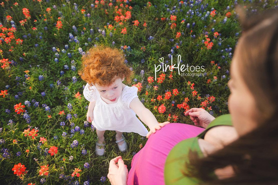austin-maternity-pregnancy-photographer-bluebonnets-texas-redhead-girl-13