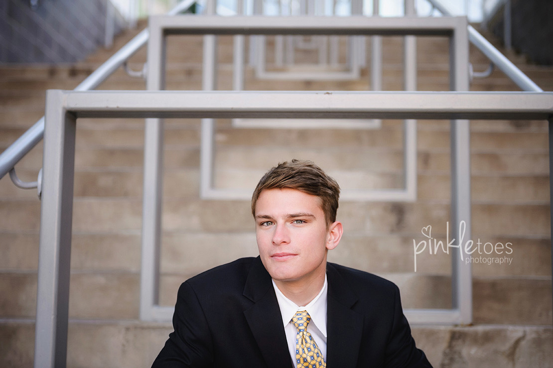 austin-senior-portraits-guy-texas-class-of-2015-2016-high-school-graduation-urban-austin-11