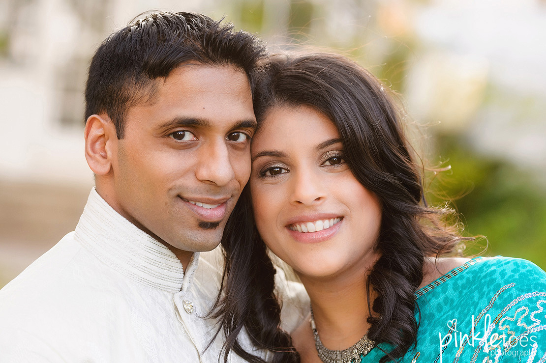 austin-university-texas-longhorn-ut-engagement-photographer-urban-sari-indian-couples-photography-03