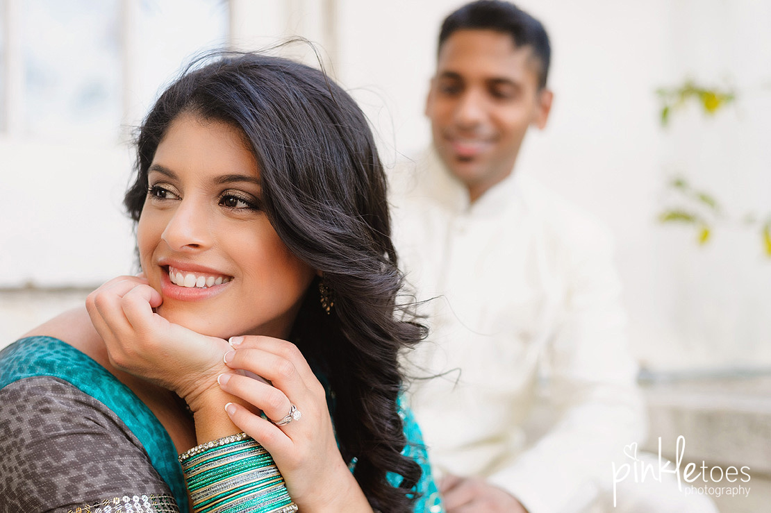 austin-university-texas-longhorn-ut-engagement-photographer-urban-sari-indian-couples-photography-05