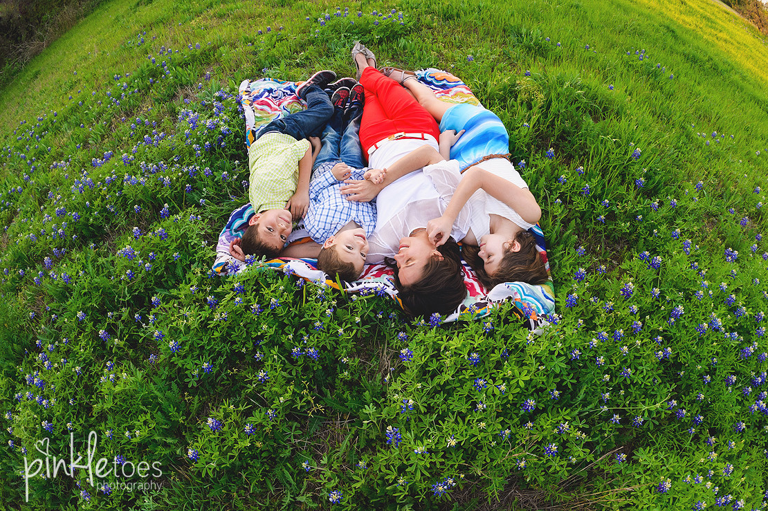 fun-candid-wildflower-austin-texas-family-kids-lifestyle-photographer-mckinney-falls-21