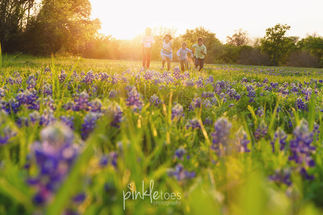fun-candid-wildflower-austin-texas-family-kids-lifestyle-photographer-mckinney-falls-23