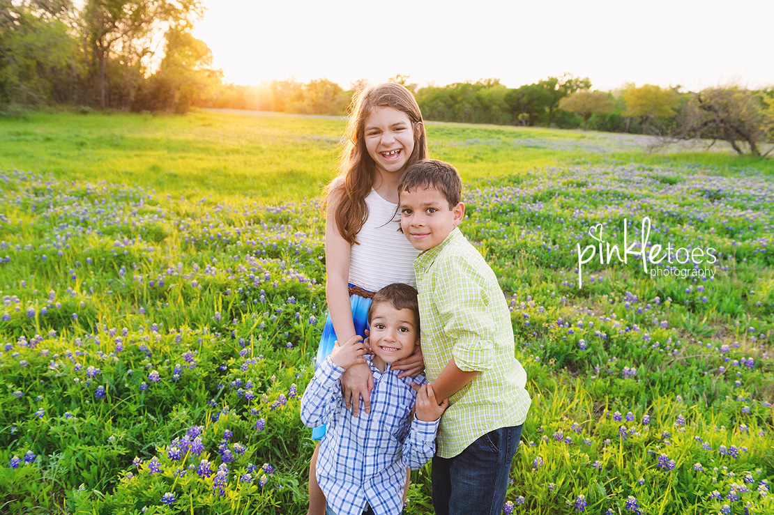 fun-candid-wildflower-austin-texas-family-kids-lifestyle-photographer-mckinney-falls-25