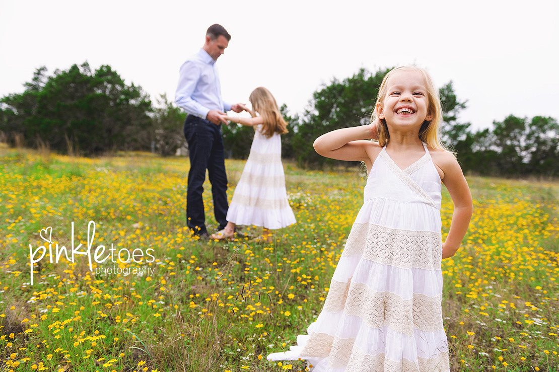 austin-family-classic-portraiture-girls-white-dresses-texas-wildflowers-stream-11