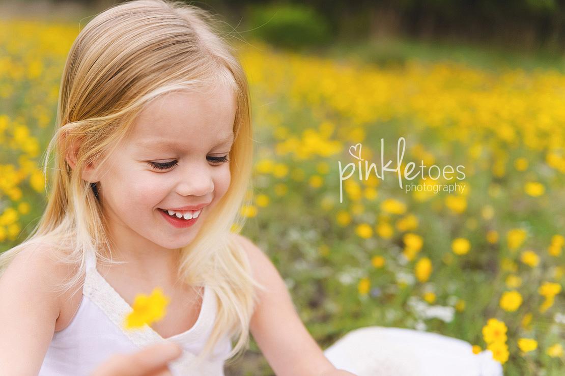 austin-family-classic-portraiture-girls-white-dresses-texas-wildflowers-stream-16