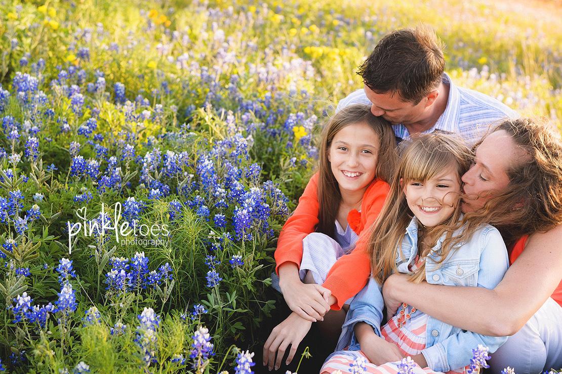 austin-pflugerville-round-rock-georgetown-lifestyle-family-photographer-texas-wildflowers-03