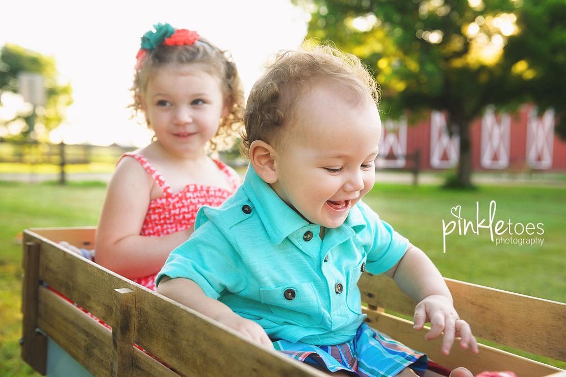 009-austin-lifestyle-kids-photographer-photo-session-creek-pflugerville-09