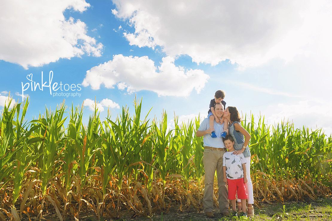 austin-kids-summer-family-fun-candid-photography-texas-creek-01