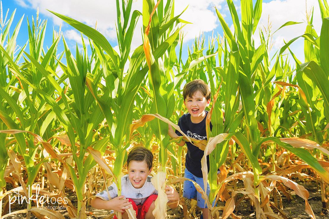austin-kids-summer-family-fun-candid-photography-texas-creek-03