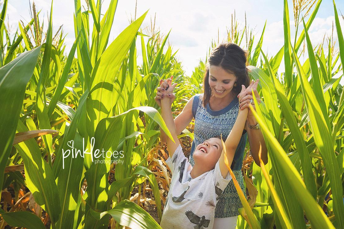 austin-kids-summer-family-fun-candid-photography-texas-creek-06