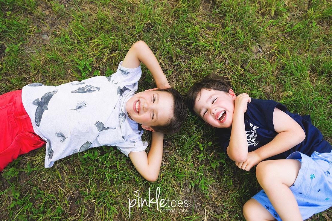 austin-kids-summer-family-fun-candid-photography-texas-creek-08