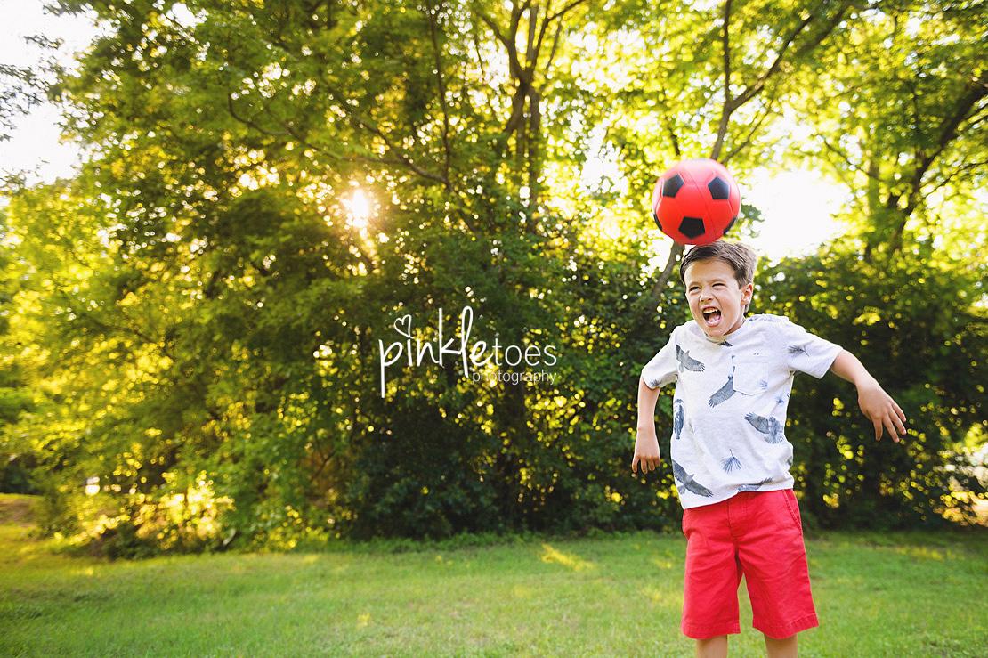 austin-kids-summer-family-fun-candid-photography-texas-creek-10