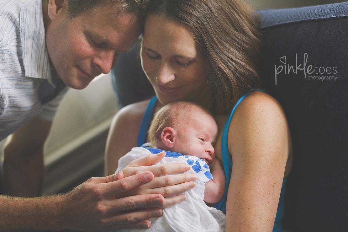 austin-texas-lifestyle-newborn-baby-photographer-02