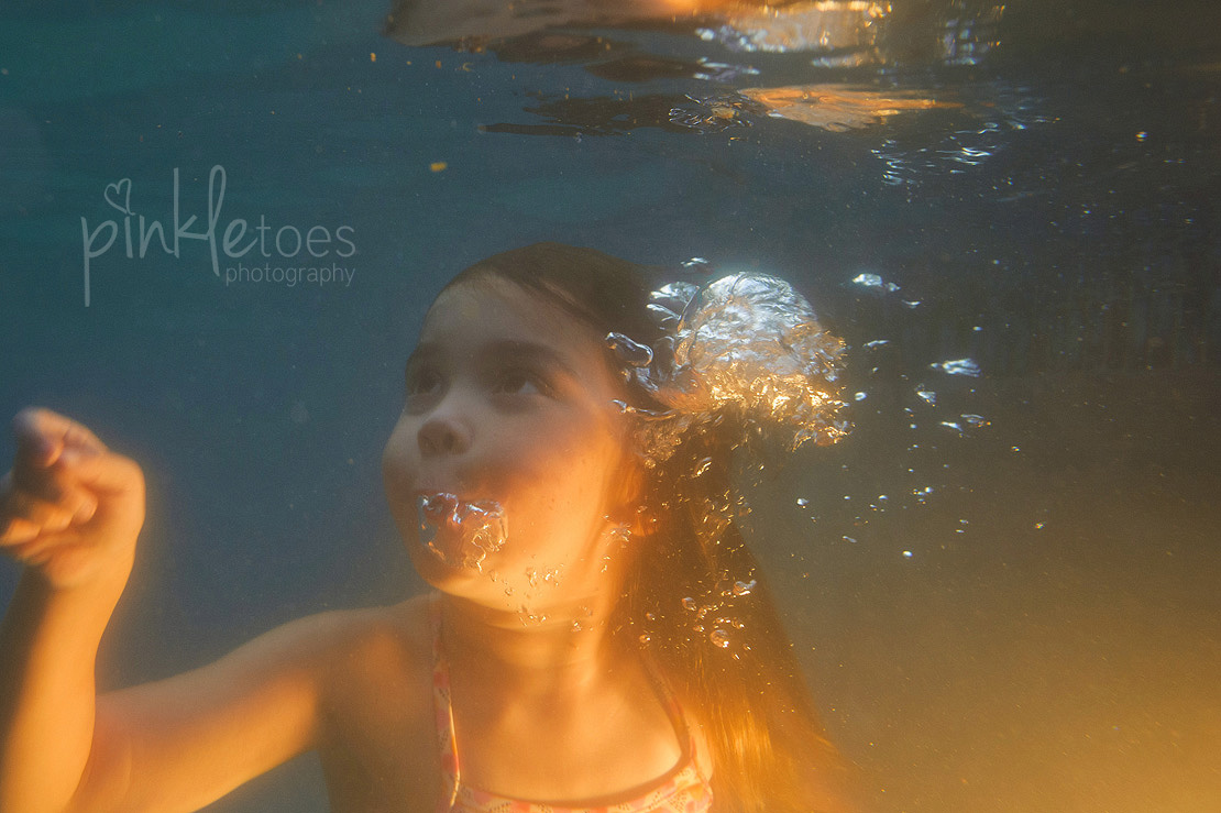 austin-kids-model-child-pool-underwater-retro-swim-swimsuit-summer-vintage-photography-22