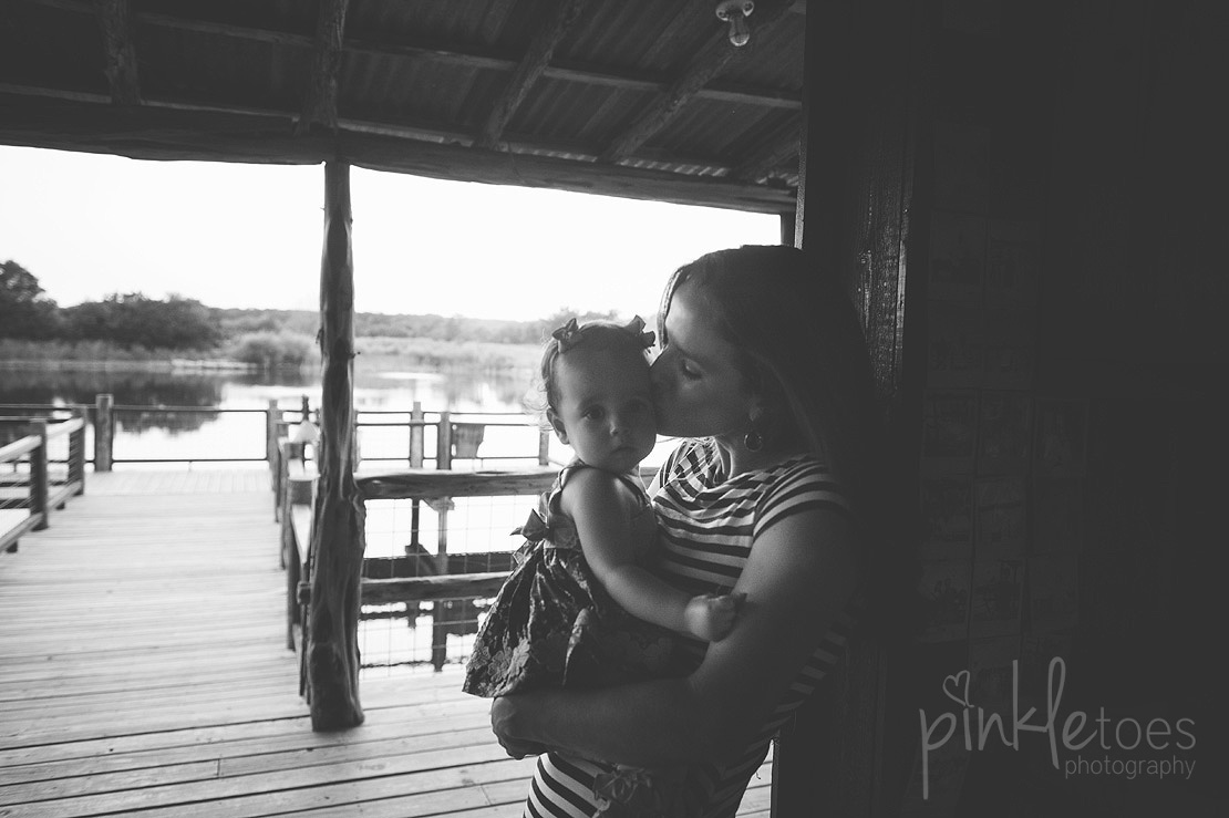 austin-outdoor-nature-natural-lifestyle-family-photography-32
