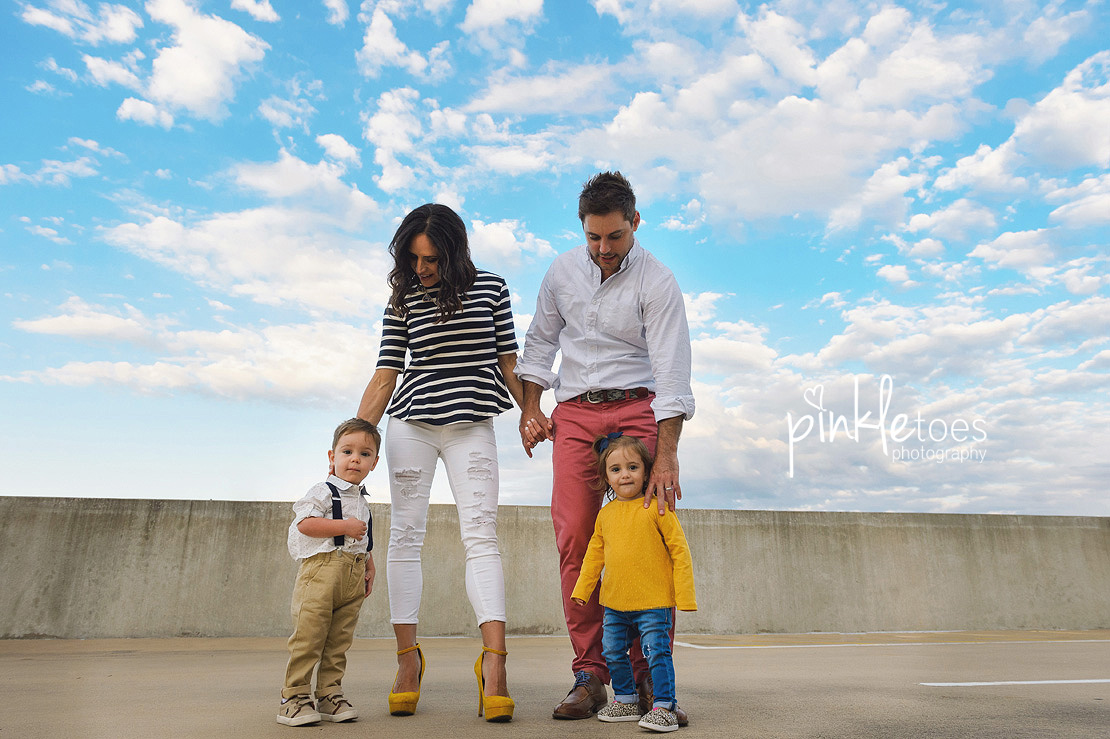 candid-austin-lifestyle-relaxed-city-urban-family-photography-13