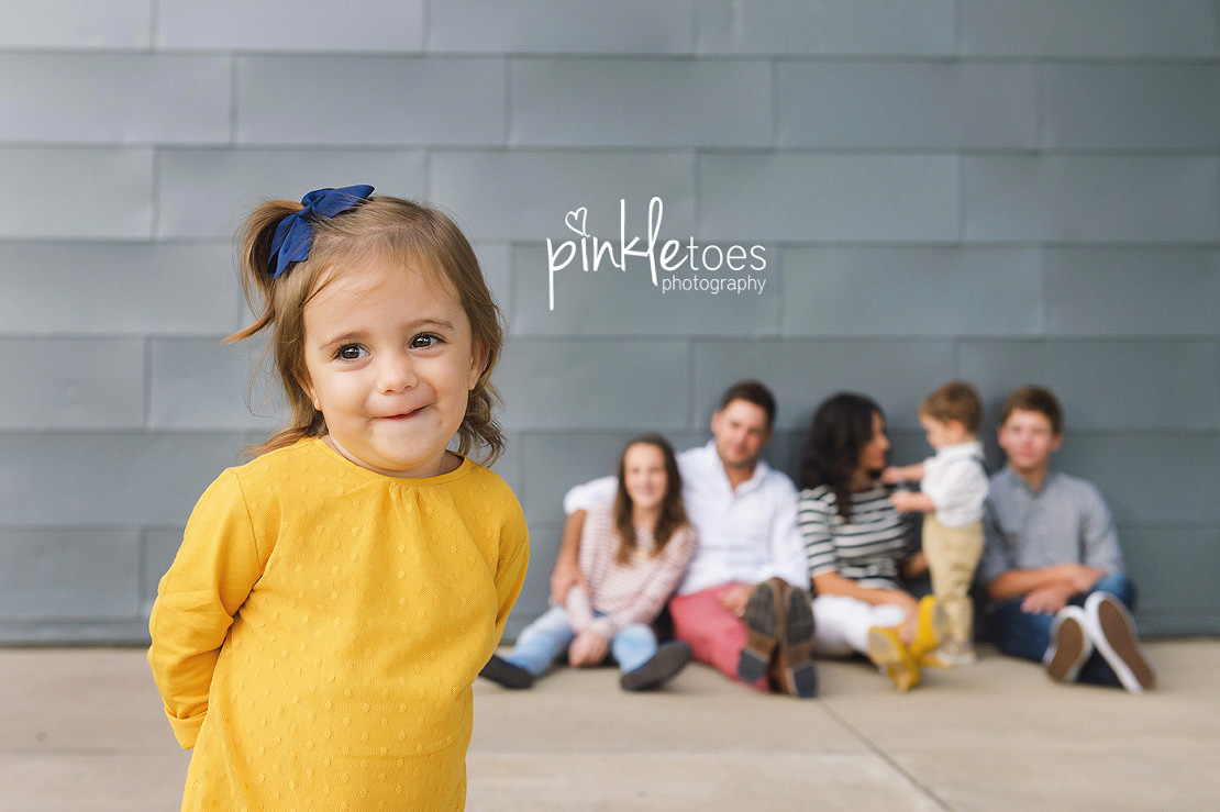 candid-austin-lifestyle-relaxed-city-urban-family-photography-20