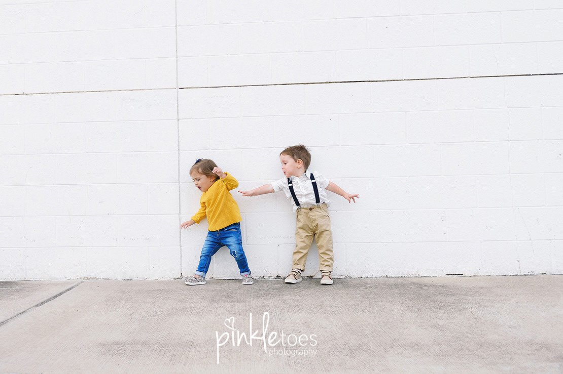 candid-austin-lifestyle-relaxed-city-urban-family-photography-25