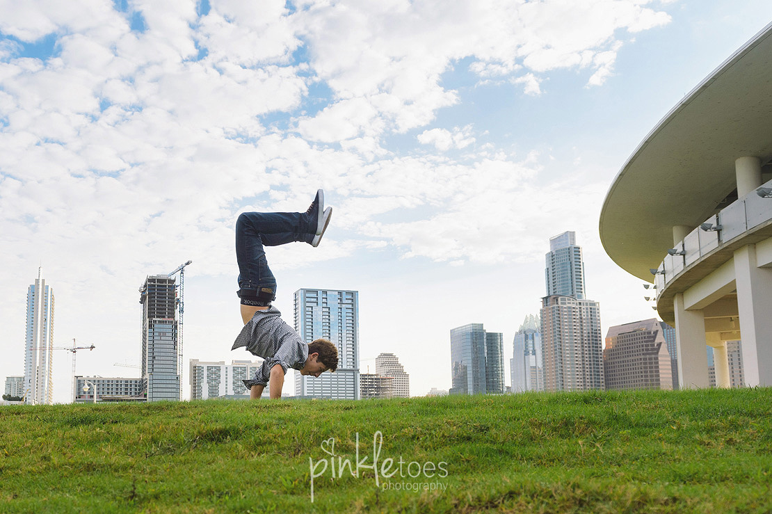 candid-austin-lifestyle-relaxed-city-urban-family-photography-28