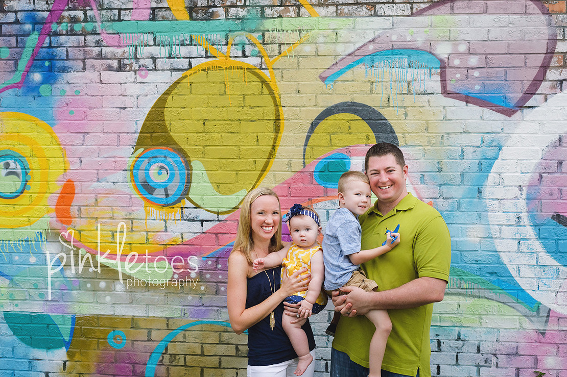 austin-colorful-bright-family-kids-hello-urban-photography-02