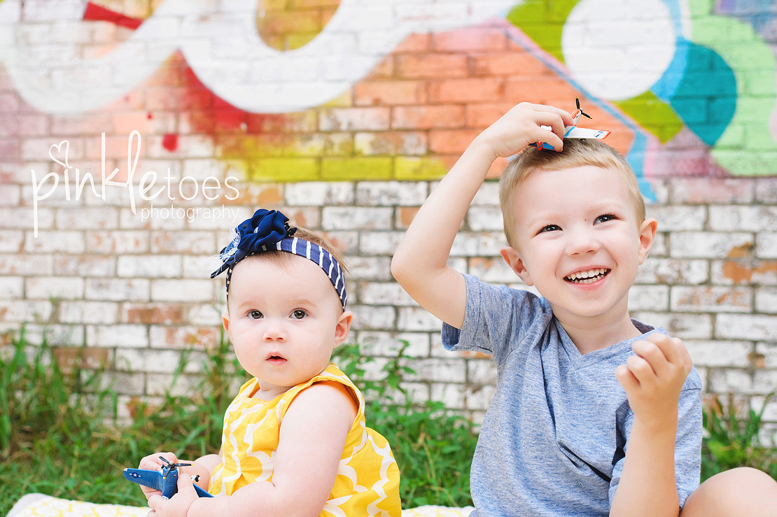 austin-colorful-bright-family-kids-hello-urban-photography-09