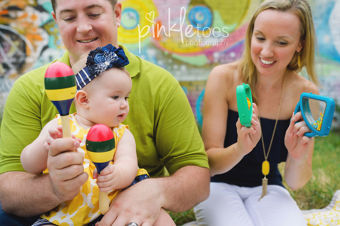 austin-colorful-bright-family-kids-hello-urban-photography-12
