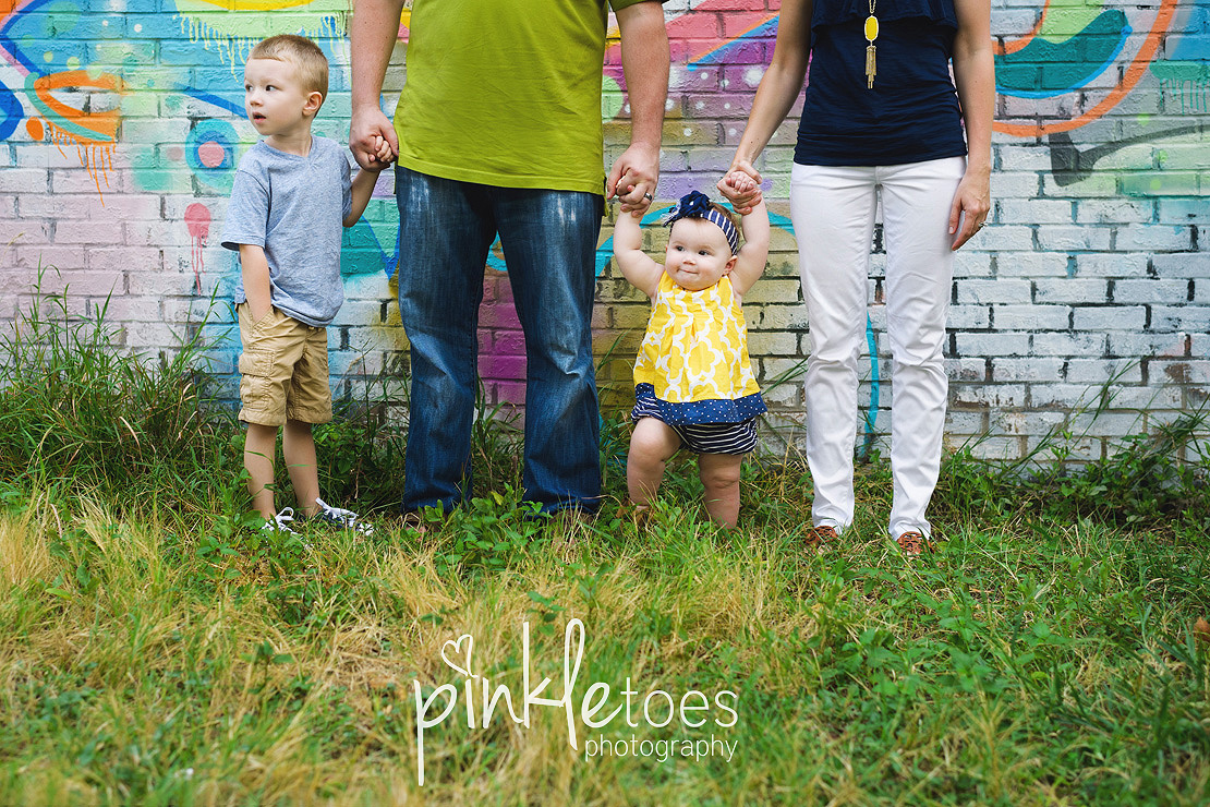 austin-colorful-bright-family-kids-hello-urban-photography-15