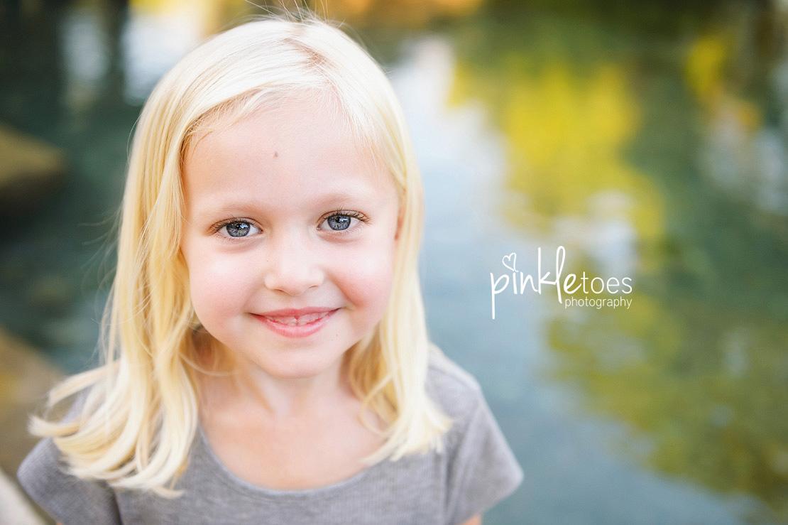 austin-san-marcos-river-canoe-family-kids-photography-11