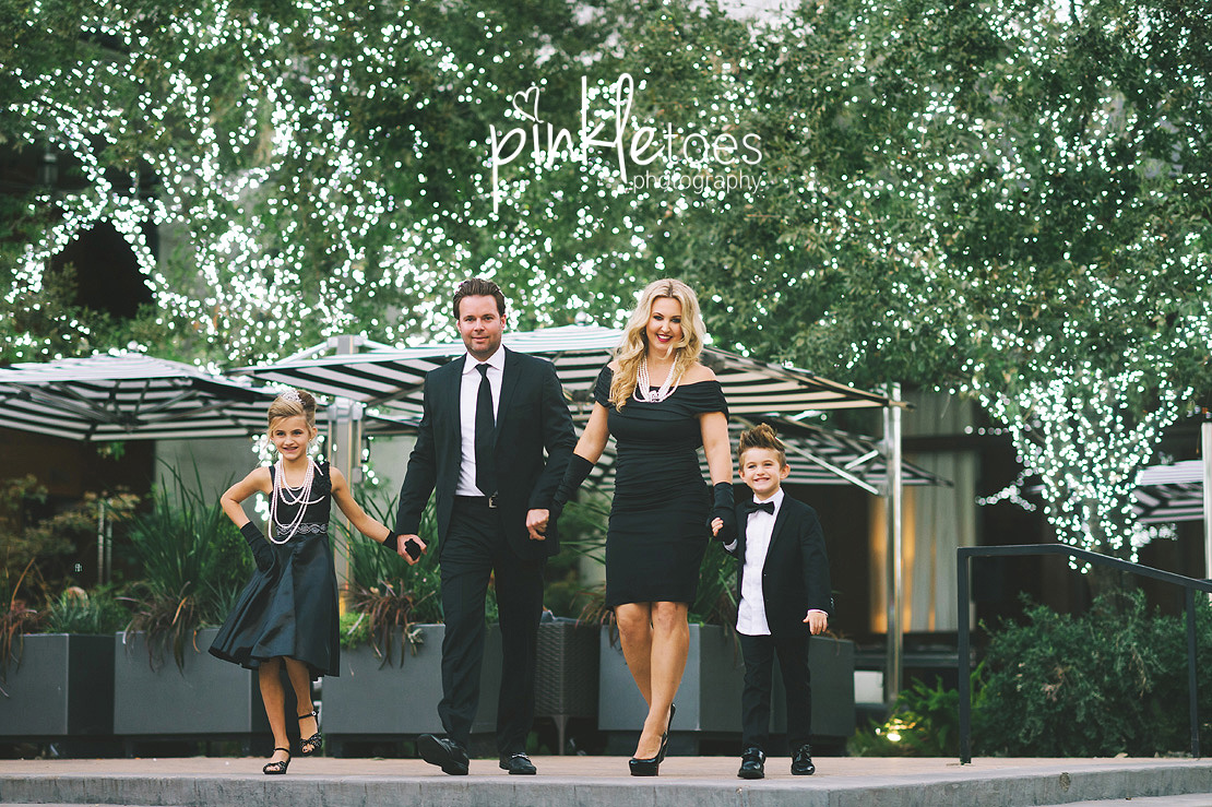austin-chic-downtown-city-lights-family-kids-photography-15