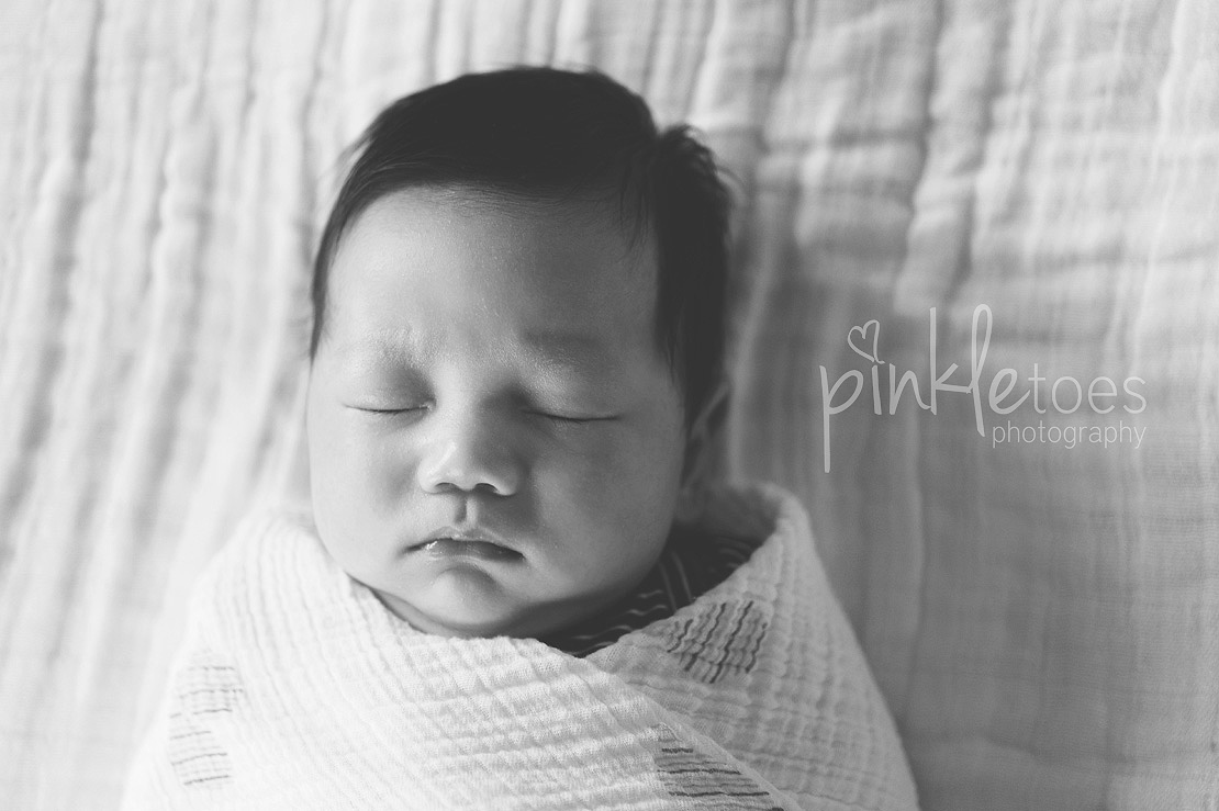 austin-natural-lifestyle-newborn-baby-photography-04