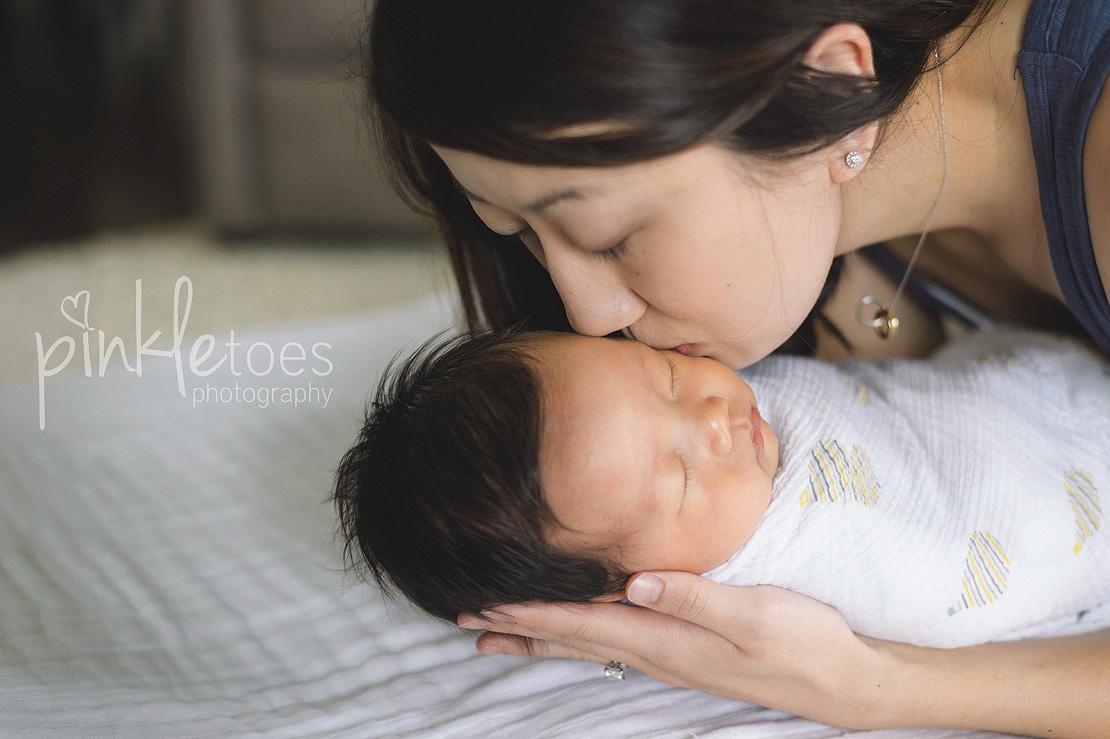 austin-natural-lifestyle-newborn-baby-photography-05