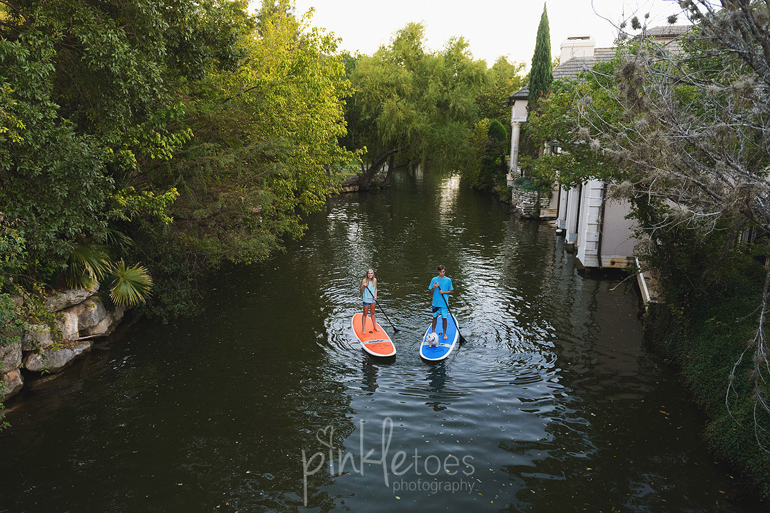 mount-bonnell-austin-river-family-photography-paddleboard-14