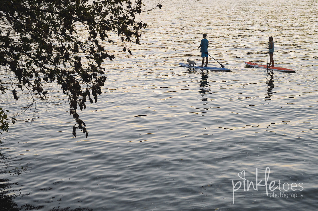 mount-bonnell-austin-river-family-photography-paddleboard-17