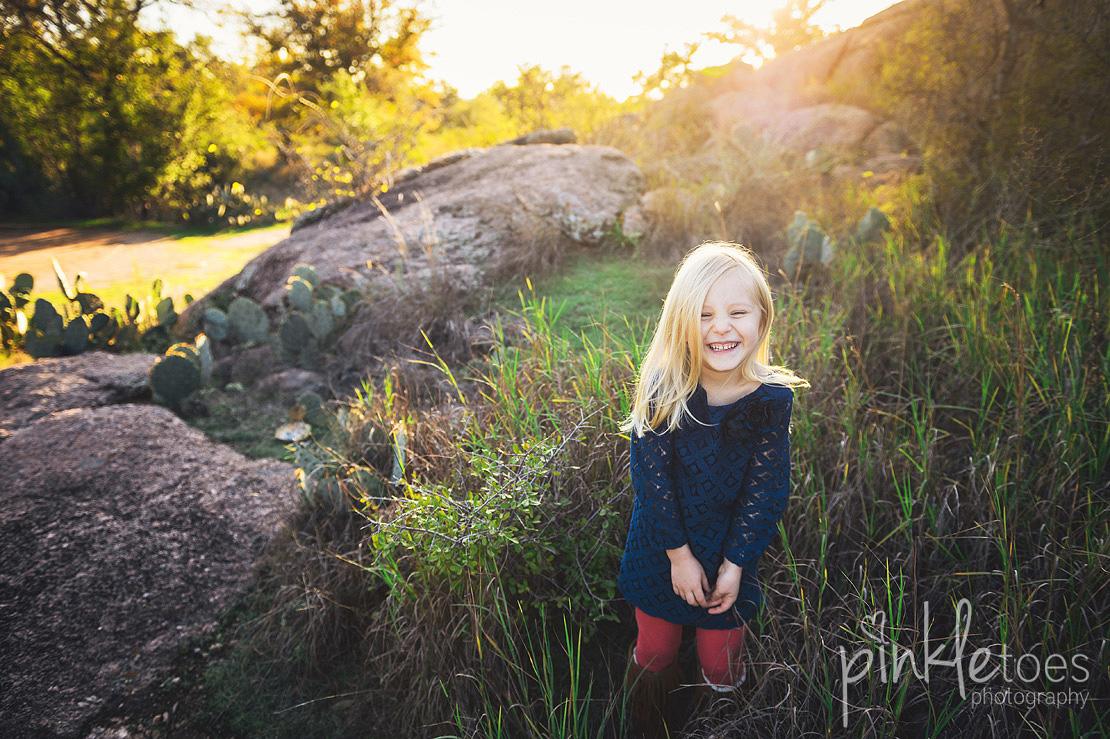 austin-desert-enchanted-rock-family-lifestyle-photography-10