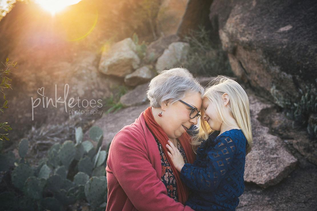 austin-desert-enchanted-rock-family-lifestyle-photography-12