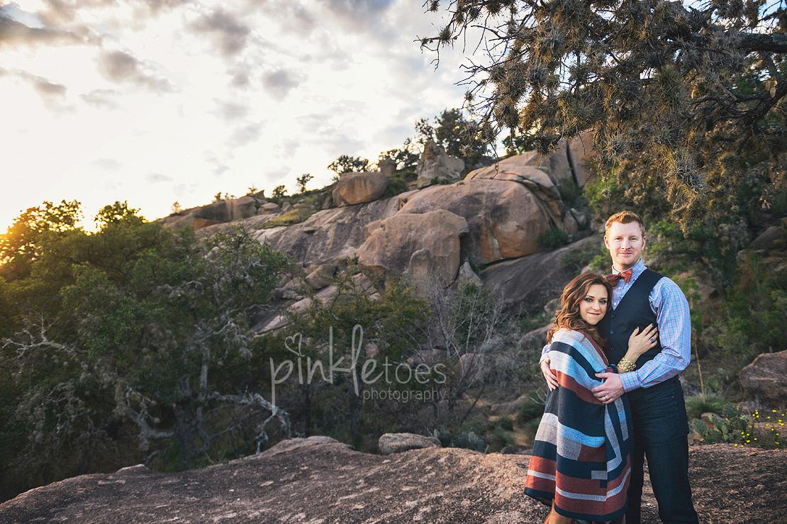 austin-desert-enchanted-rock-family-lifestyle-photography-21