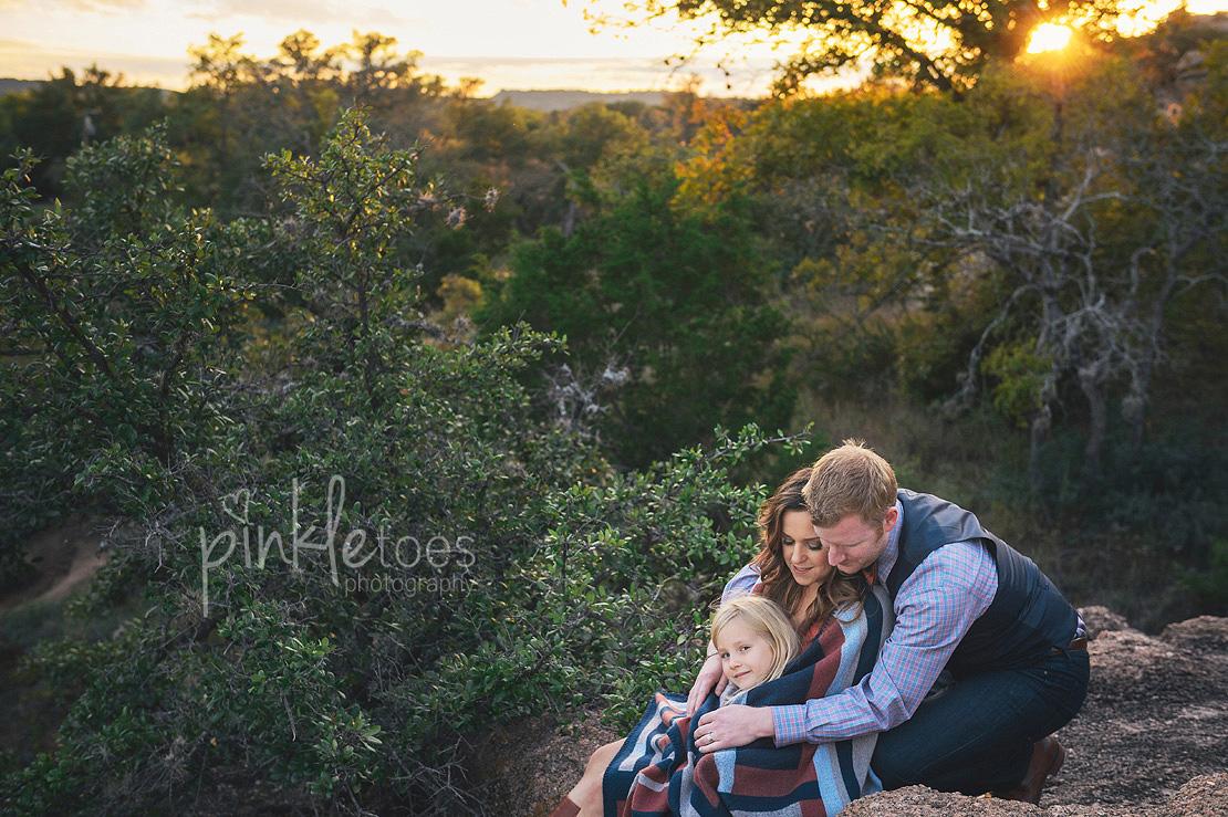 austin-desert-enchanted-rock-family-lifestyle-photography-27