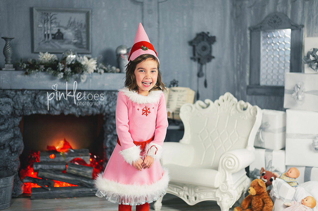 austin-holiday-elf-kids-photographer